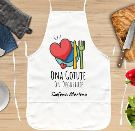 Fartuch kuchenny Ona Gotuje On Degustuje - własne napisy